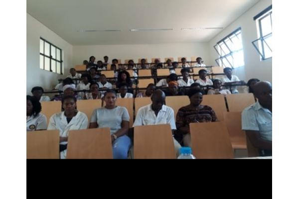 Workshop com Bolseiras do Ensino Secundário no Âmbito do PDCT