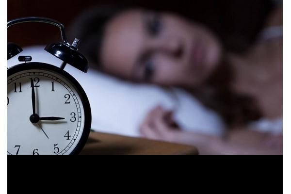 Como as Noites de Insónia Podem Comprometer a Nossa Saúde